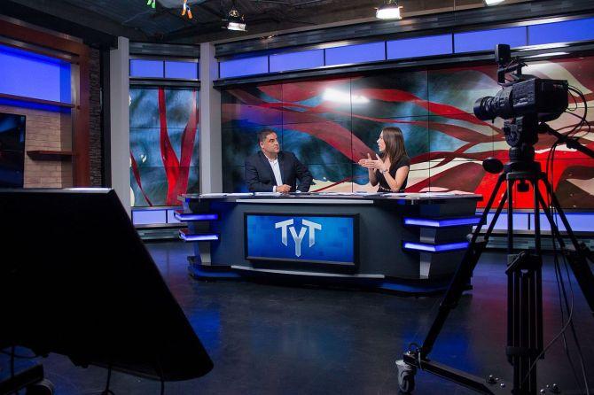 1280px-ana_kasparian_and_cenk_uygur_hosting_the_young_turks_26942061744