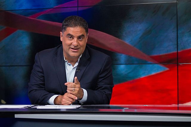 640px-cenk_uygur_hosting_the_young_turks_282694205903429