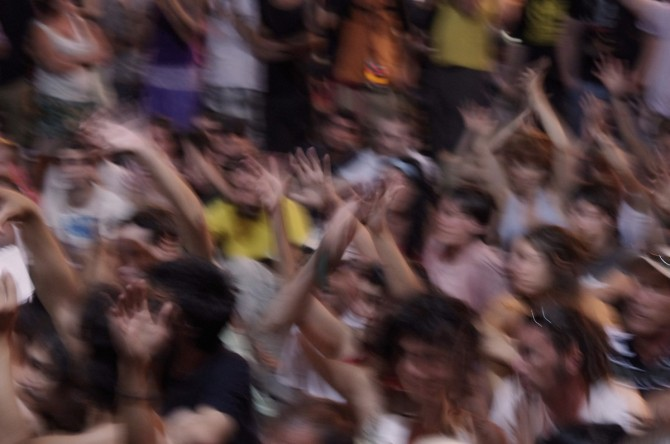 fans_people_fun_demo_crowd_group_audience_concert-706137