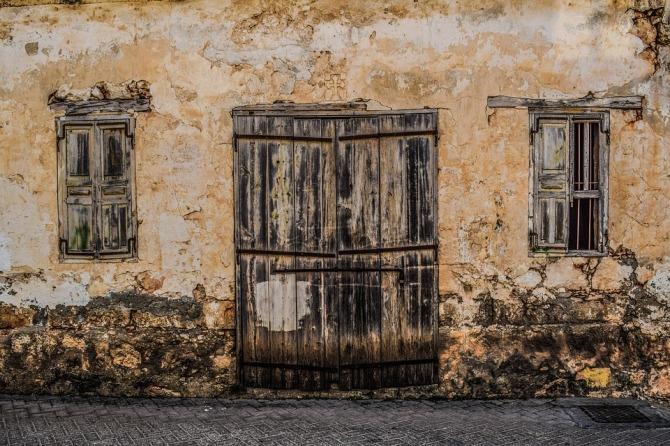 old-house-2183330_960_720.jpg