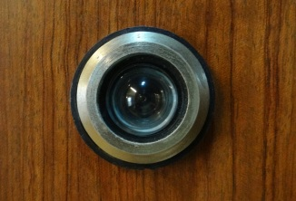magic_eye_peephole_door_device-958870